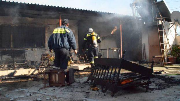 2 αδέρφια έχασαν την ζωή τους από την πυρκαγιά στην Λέσβο.