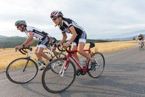 Υποχρεωτικό το κράνος και στους ποδηλάτες