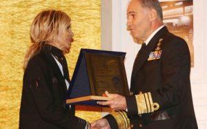 Η Άννα Βίσση τιμήθηκε με το βραβείο «Σοφία Βέμπο» από την Ακαδημία Ελληνικών Βραβείων Τέχνης.