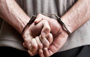 Συνελήφθη από την ασφάλεια Θεσσαλονίκης 67χρονος που μετέφερε παράνομα λαθρομετανάστες.
