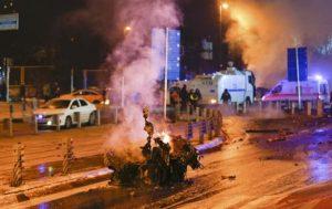 Κωνσταντινούπολη: Το ΡΚΚ δείχνει η Άγκυρα για το μακελειό, 29 οι νεκροί.