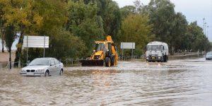 Συμβάσεις υλοποίησης από τις πρόσφατες πλημμύρες υπογράφηκαν από τον Περιφερειάρχη.