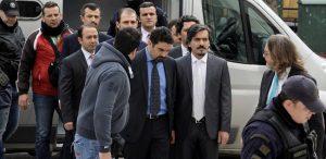 Η Τουρκία ζήτα εκ νέου την έκδοση των οκτώ Τούρκων στρατιωτικών.