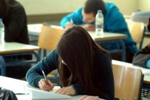 Αλλαγές στην Γ' Λυκείου και στις Πανελλαδικές εξετάσεις.