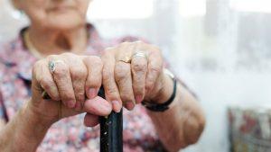 Στη Θεσσαλονίκη πιάστηκε σπείρα που εξαπατούσε ηλικιωμένους.