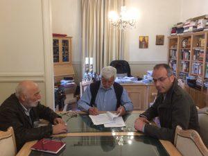 Το έργο συντήρησης των εισόδων και εξόδων της Μεγαλόπολης υπέγραψε ο Περιφερειάρχης Πελοποννήσου.