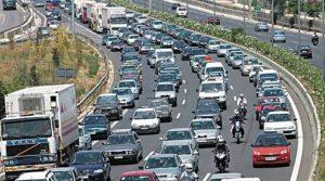 Αυξημένα μέτρα στους δρόμους για το τριήμερο της Πρωτομαγιάς.
