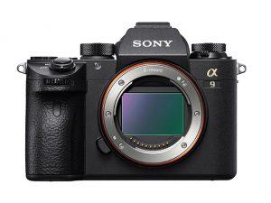 Sony A9  mirrorless  υπέρ-ταχύτητα 20 καρέ το δευτερόλεπτο και 24 megapixer.