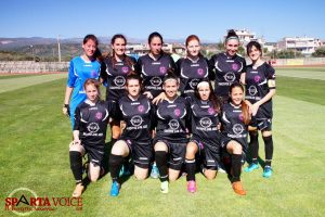 Οι Σύγχρονες Καρυάτιδες Πρωταθλήτριες Γ' Κατηγορίας Γυναικών Ποδοσφαίρου.