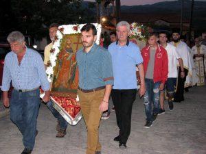 Λαμπρός ο εορτασμός στον Καραβά των Αγίων Κωνσταντίνου και Ελένης. Δείτε και τα τυχερά νούμερα της λαχειοφόρου αγοράς.