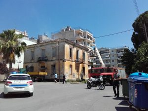 Φωτιά σε διατηρητέο κτήριο στην Σπάρτη.