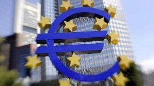 Οι δανειστές να τηρήσουν τις δεσμεύσεις τους για την Ελλάδα ,υπογραμμίζουν εννέα ευρωβουλευτές.
