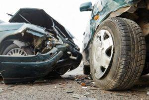 Κορινθία. Σύγκρουση οχημάτων με θανάσιμο τραυματισμό ενός (1) ατόμου