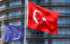 Όχι μέλος της Ε.Ε. από την Ευρωπαϊκή Επιτροπή για την Τουρκία.