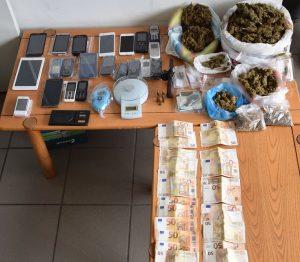 Εξαρθρώθηκαν συμμορίες για εμπορία ναρκωτικών στην Πελοπόννησο.