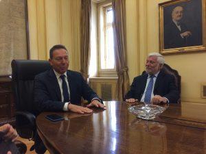 Συνάντηση Τατούλη – Στουρνάρα για την ίδρυση περιφερειακής τράπεζας Sparkassen στην Πελοπόννησο.