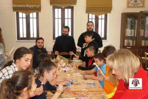 Πασχαλινές λαμπάδες από τα παιδιά του κατηχητικού ενορίας Τσεραμιού.