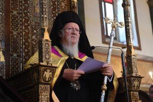 Πλήθος Ιεραρχών και πιστών ευχήθηκαν στον Παναγιώτατο Οικουμενικό Πατριάρχη  για την ονομαστική εορτή του.