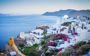 ΣΕΤΕ: Ολοταχώς προς νέο ρεκόρ αφίξεων τουριστών στην Ελλάδα