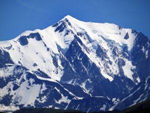 Σαν σήμερα 8 Αυγούστου – πραγματοποιείται η πρώτη ανάβαση στην κορυφή του Λευκού Όρους των Άλπεων