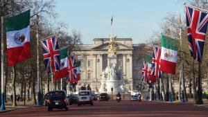 Σαν σήμερα 6 Αυγούστου – τα ανάκτορα του Μπάκιγχαμ στο Λονδίνο ανοίγουν για το κοινό, για πρώτη φορά μετά το 1903