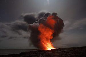 Σαν σήμερα 24 Αυγούστου – εκρήγνυται ο Βεζούβιος και θάβει κάτω από τη λάβα τις πόλεις Πομπηία και Ηράκλεια