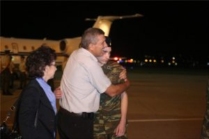 Επέστρεψαν στην Ελλάδα οι 2 Έλληνες στρατιώτες.