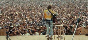 Σαν σήμερα 17 Αυγούστου – 500.000 νέοι παρακολουθούν τη θρυλική συναυλία στο Γούντστοκ