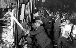 Σαν σήμερα 6 Σεπτεμβρίου – στην Κωνσταντινούπολη ξεσπά πογκρόμ κατά της ελληνικής και αρμενικής κοινότητας με αποτέλεσμα τεράστιες καταστροφές