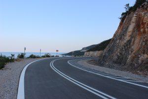 Συντήρηση οδικού άξονα Νεάπολη-Παλαιόκαστρο από την Περιφέρεια