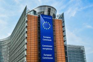 Βρυξέλλες  συμφωνούν για μη περικοπή των συντάξεων στην Ελλάδα.
