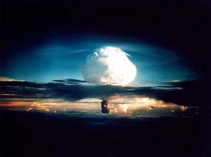 Σαν σήμερα 16 Οκτωβρίου – η Κίνα πραγματοποιεί την πρώτη πυρηνική δοκιμή της