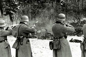 Σαν σήμερα 26 Νοεμβρίου: οι Γερμανοί εκτελούν τους 118 Έλληνες ομήρους στο Μονοδένδρι