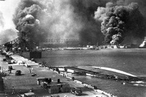 Σαν σήμερα 7 Δεκεμβρίου: οι Ιάπωνες επιτίθενται στην Αμερικανική ναυτική βάση του Περλ Χάρμπορ στη Χαβάη