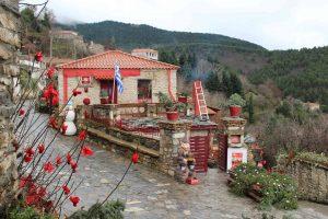 """""""Το χωριό των παραμυθιών"""" στην Βαμβακού Λακωνίας"""