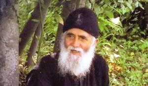 Σαν σήμερα 13 Ιανουαρίου: ο Γέροντας Παΐσιος αγιοποιείται από το Οικουμενικό Πατριαρχείο – καθιερώνει τη γαλανόλευκη ως σύμβολο των επαναστατημένων  Ελλήνων
