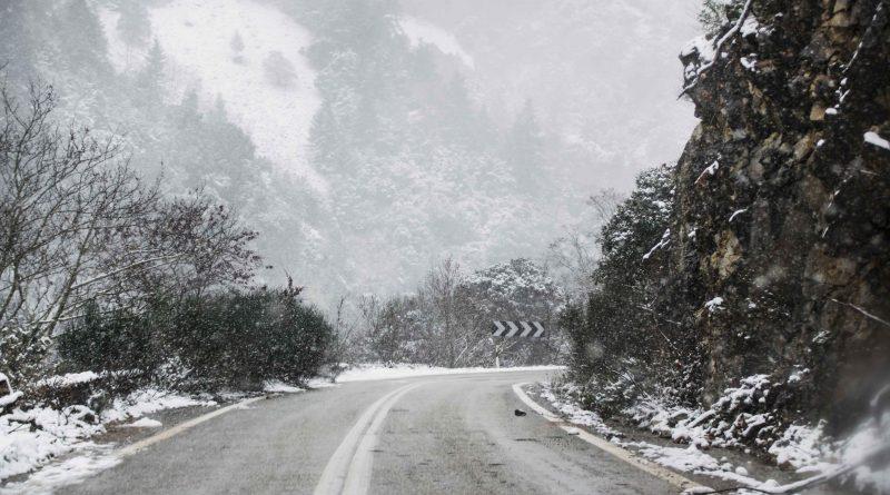 Κακοκαιρία με πυκνές χιονοπτώσεις, σημαντική πτώση της θερμοκρασίας