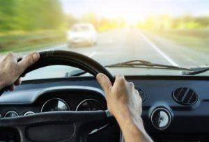 Αλλαγές στις άδειες οδήγησης. Δίπλωμα στα 17 & εξέταση με  κάμερες