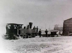 Σαν σήμερα 17 Φεβρουαρίου: εκτελείται το πρώτο δρομολόγιο του ατμοκίνητου σιδηροδρόμου Αθήνας – Πειραιά