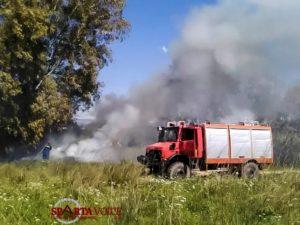 Φωτιά σε κατοικημένη περιοχή στην Σπάρτη