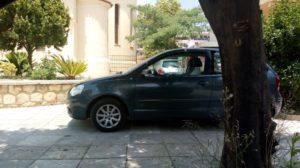 Αγανακτισμένοι οι κάτοικοι της Σπάρτης από το ανάρμοστο παρκάρισμα