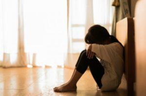 Σύλληψη γυναίκας για κατάχρηση ανήλικων κοριτσιών σε ασέλγεια & πορνογραφία