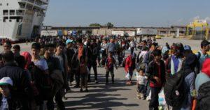 Οργή στις περιοχές που θα εγκατασταθούν πρόσφυγες