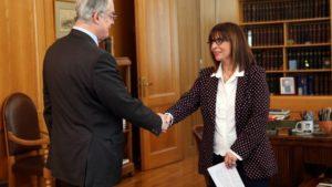 Εκλέχτηκε η πρώτη Γυναίκα Πρόεδρος της Ελληνικής Δημοκρατίας