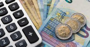 Διαγραφή του ιδιωτικού χρέους των Ελλήνων ζητά το ΑΚΚΕΛ