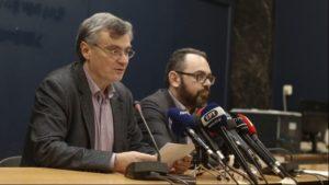 73 τα κρούσματα κορονοϊού στην Ελλάδα- σταματούν οι σχολικές εκδρομές