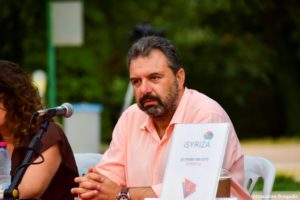 """Στ. Αραχωβίτης – """"Η κυβέρνηση κουνάει το δάχτυλο στη νεολαία και στο φιλότιμο των Ελλήνων για να αποποιηθεί τις ευθύνες της"""""""