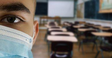 «Νούμερο 1 κίνδυνος για την υγεία των μαθητών η κυβέρνηση και το Υπ. Παιδείας»