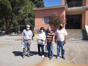 Ο Δήμος Σπάρτης δώρισε σε μαθητές-τριες λευκώματα με τους ήρωες του 1821
